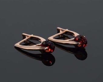 Garnet earrings, Gemstone earrings, Woman earrings, 14k gold earrings, Everyday earrings, Unique earrings, Red stone earrings