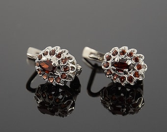 Garnet earrings, Silver earrings, Stone earrings, Silver stone earrings, 925 silver earrings, Birthstone earrings, Gemstone earrings