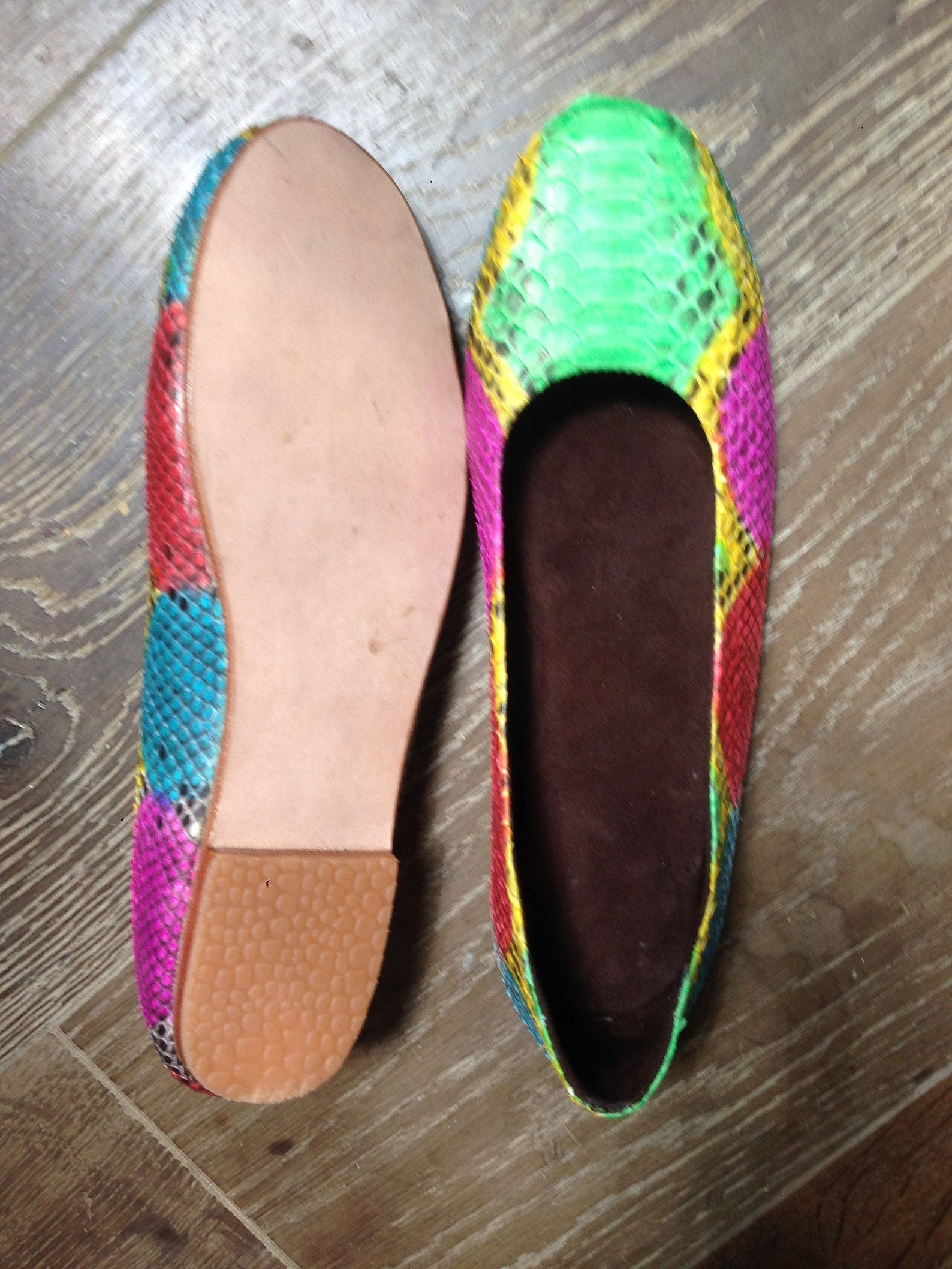 sale 30% off, multicolor python leather ballet flats, size 9 us