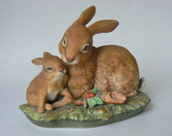 Spun cotton rabbit and field mice
