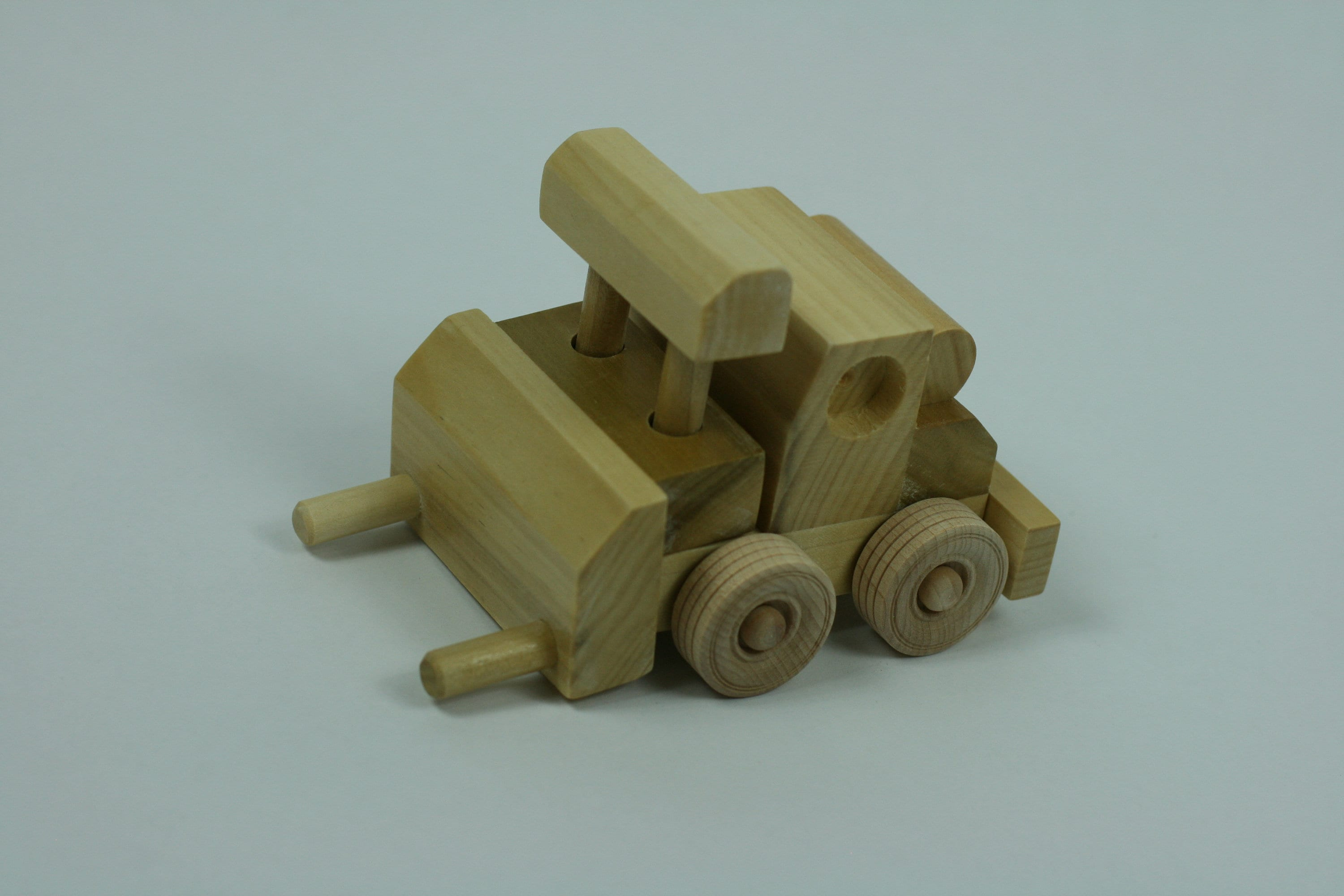 wood toy plan - small vehicle: forklift