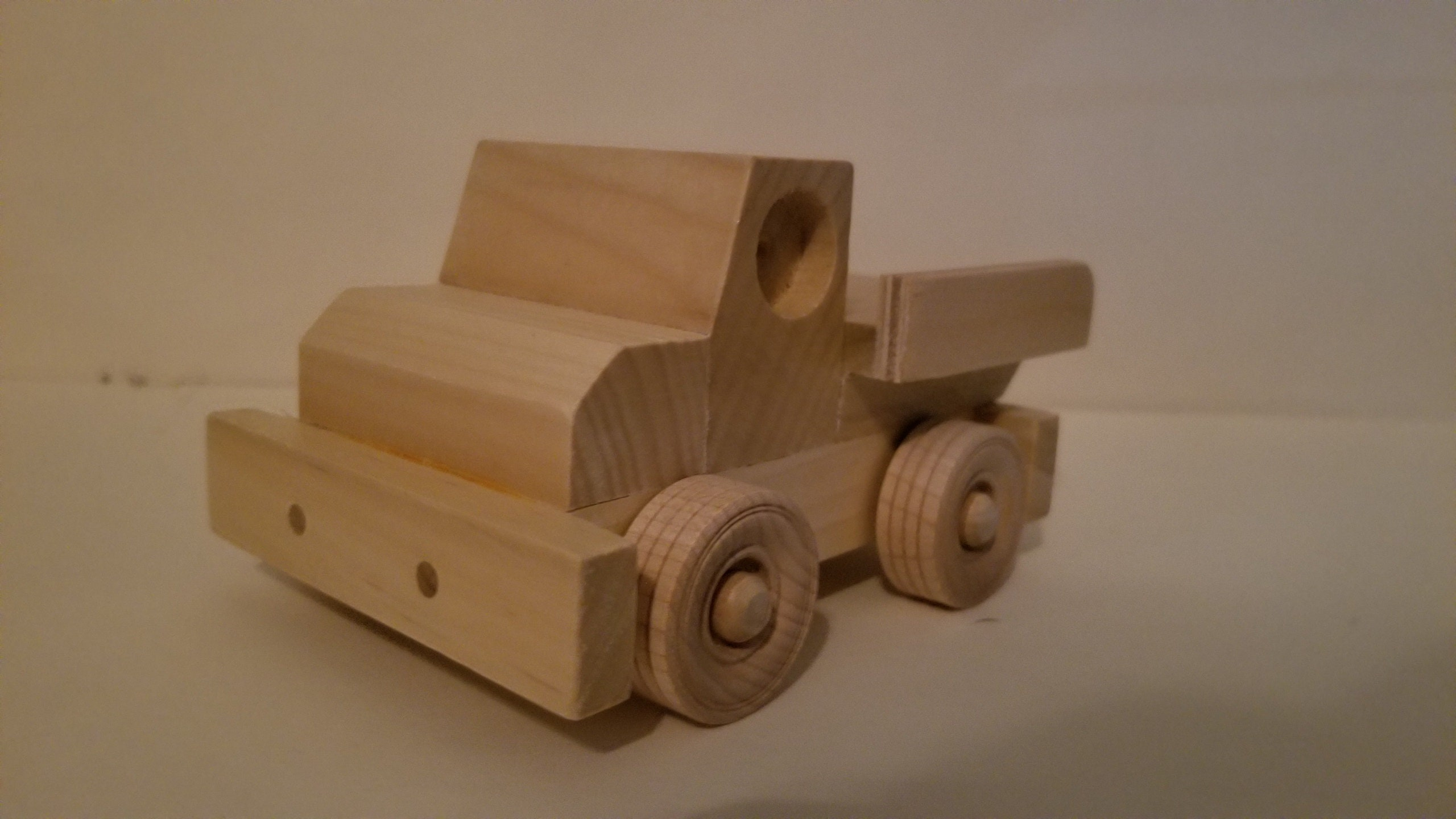 wood toy plan - small vehicle: tow truck