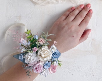 corsage and boutonniere price