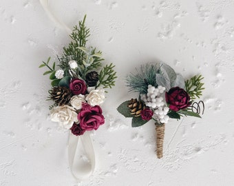 Wedding corsage and boutonniere, Winter wedding corsage, Pine cones Boutonniere for men, Christmas wedding, Rustic Boutonniere