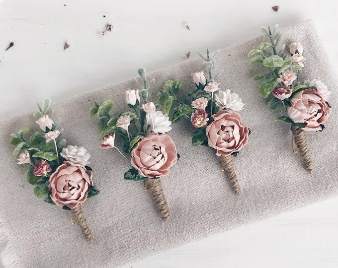 Blush pink boutonniere Summer Spring wedding Groomsman boutonniere Blush pink Button hole Woodland wedding Rustic wedding