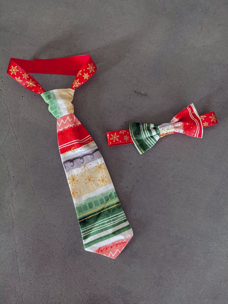 Starbust Striped Mid Century Christmas  Boys Neck Tie  image 0