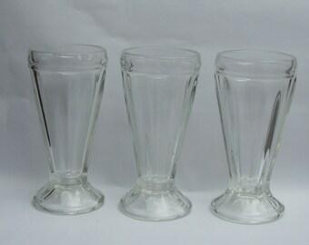 Ice-cream sundae glasses x 3