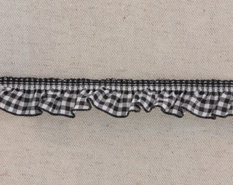 Lace ruffle gingham black 19mm