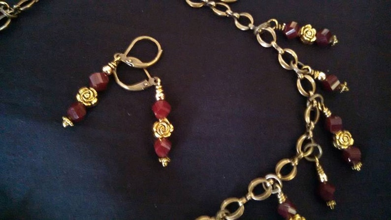 Antique Gold Necklace Vintage Style Toggle Clasp Red Crystals Matching Earrings 18 inch Antique Gold Chain Clearance