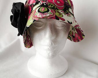 Retro Floral Cloche Hat with Flower Pin, Vintage Magenta Floral Cloche