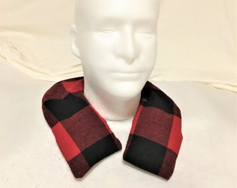 Curved Shape Red Black Plaid Aromatic Neck Washable Warmers, Therapeutic Fabric Neck Warmer, Removable Sleeve, Scented Pain Relief Warm Pack
