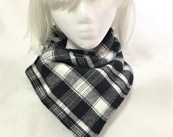 Cozy Black White Plaid Neck Wrap, Neck Warmers, Handmade Flannel Neck Warmer, Stylish Flannel and Fleece Plaid Neck Warmers, Neck Wrap Cowl