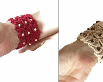 Wood Beads in Red and Ecru Broomstick Lace Cuffs, Crochet lace wrist cuffs, Cotton Broomstick Lace Cuffs, Accessory Wrist band