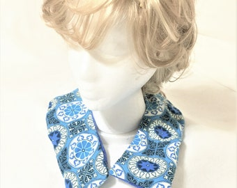 Washable Curved Blue Design Flannel Aromatic Neck Warmers, Removable Sleeve, Handmade Therapeutic Fabric Neck Warmer, Scented Pack