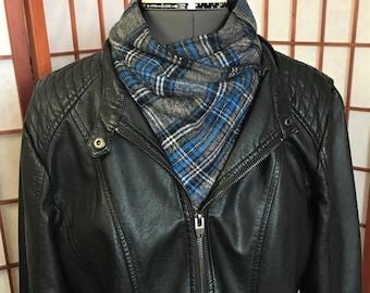 Warm Light Blue Grey Plaid Neck Wrap, Warm Gator, Handmade Flannel Neck Warmer, Fashion Flannel Fleece Plaid Neck Warmers, Neck Cowl