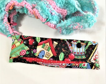 Mary Engelbreit Print Needle Snapper, Circular or DPN Knitting Project Holder, Snap Pouch with Zipper Pocket, Crochet Project/Needle Holder