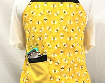 Bumble Bee and Ladybug Floral Reversible Child Full Apron, Colorful Floral Child Cooking Apron, Craft Painting Child Aprons, Baking, Kitchen