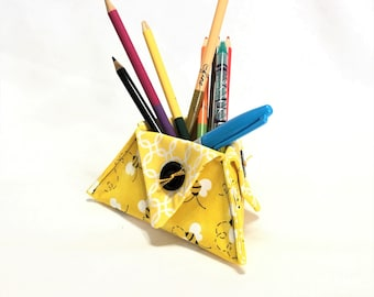Busy Bee Triangle Food and Organizer Triangle Cups, Desk Accessory Holder, Candy Holder, Pen and Pencil Holder