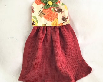 Fall Flower Buttonhole Hanging Towel Topper, Autumn Pumpkins Topper, Kitchen Hand Towel Topper, Hanging Kitchen Decor Towel, Hostess Gift