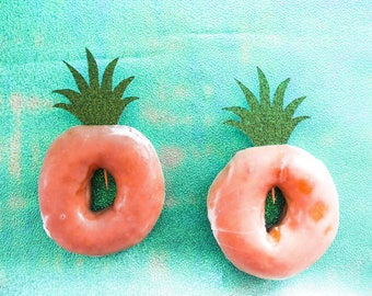 Pineapple Donut Toppers. Pineapple toppers. Cupcake toppers. Pineapple Party. Summer party decorations.