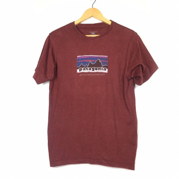 Patagonia Beneficial T's Organic Cotton Burgundy R
