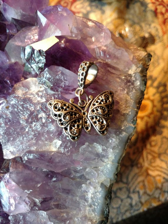 Tibetian Silver Lead Free Pewter Charms//Butterfly