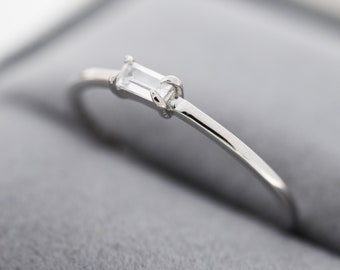 Single Baguette CZ Ring in Sterling Silver, Silver or Gold, 4 Pronged Set, Minimalist CZ Ring US 5 - 8