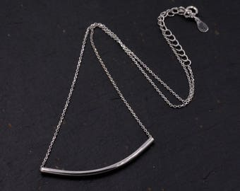 Sterling Silver Minimalist Curved Bar Necklace 16'' - 18''  Y72