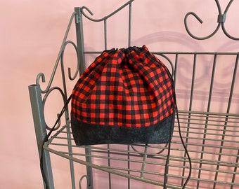 Small finch bag. Buffalo plaid