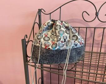 Medium finch bag. Sheep fabric