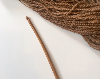 Hand Carved Crochet Hook - Size I (US) Wood Handmade