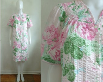 Vintage Floral Nightgown 80s Retro Pink Flower Print Seersucker Dressing  Gown Night Dress with Pockets Womens Size Medium af2ebadbf