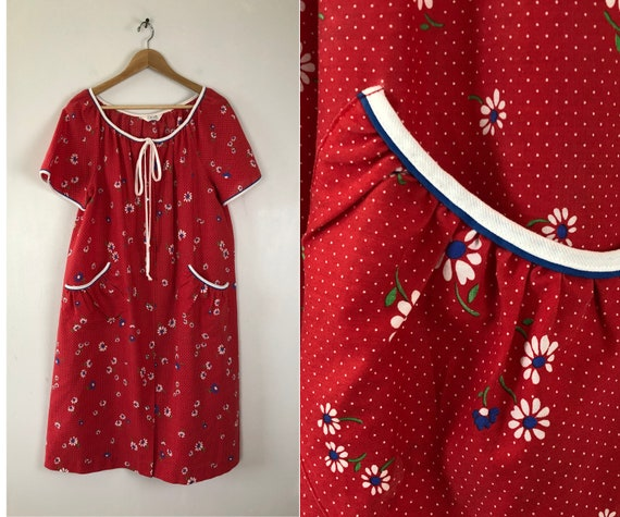Vintage Floral Print Nightgown | 70s Pin Dot Patte