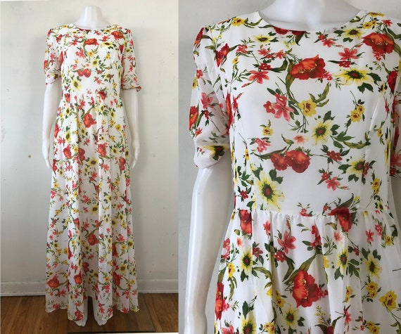 Vintage Floral Maxi Dress | 90s White Flower Print