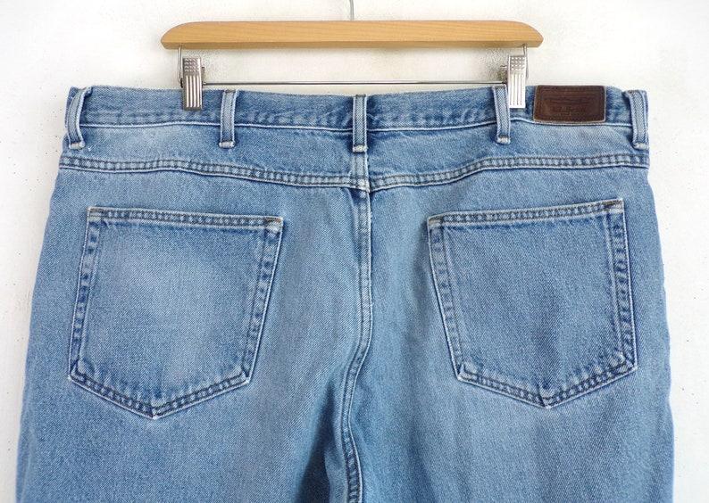 Mens Size 42x30 42 Waist 30 Inseam Vintage Mens Distresssed Jeans 90s Faded Denim Classic Fit Light Wash Jeans