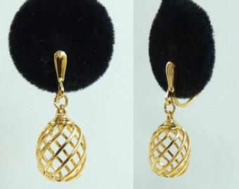 signed trifari earrings, gold metal earrings, geometric drop earrings, 70s 1970s spiral earrings, dangle vintage earrings, costume jewelry