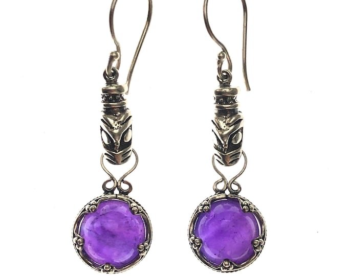 Featured listing image: GOTLAND WOLFHEADS EARRINGS - amethyst and silver (handmade by Viking Kristall)