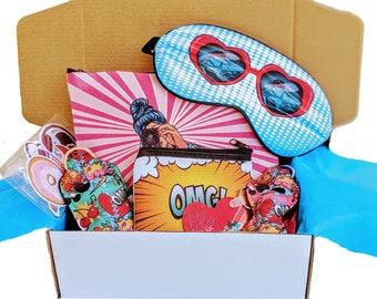 Pop art accessories gift set. Girl pop art gift. Birthday gift set. Holliday gift basket. Comics gift set. Happy gift set.