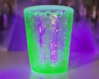 Fenton Ca. 1902-1910 Button and Braids Tumbler Vaseline Opalescent Uranium Glass Cup