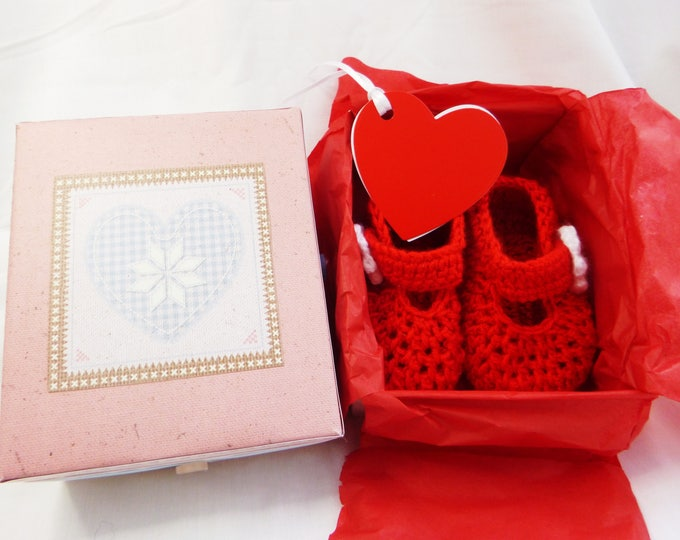 Crochet Baby Bootee, Handmade, Red Crochet Bootee, Crochet Daisy Flower, Bar Shoe, Gif Boxed