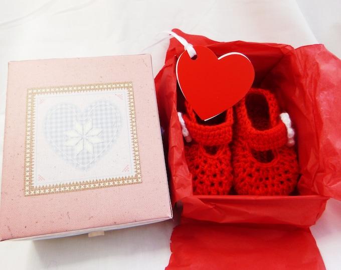 Crochet Baby Bootee, Handmade, Red Crochet Bootee, Crochet Daisy Flower, Bar Shoe, Gif Boxed