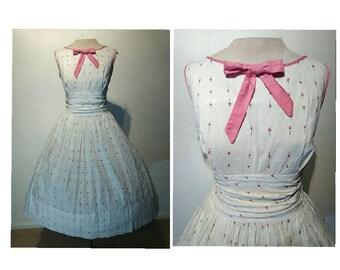 2497c081fc06 Vintage 50's White Cotton PINK Novelty Rosebud Print Day Dress | 1950's  Betty Barclay Roses | Full Skirt | Bow Detail Rosebuds Party Dress