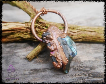 LABRADORITE + TANZANITE CRYSTAL  | Wiccan Jewelry | Larp | Handmade | Electroformed | Copper Jewelry | Raw | Crystal Pendant | Crystals