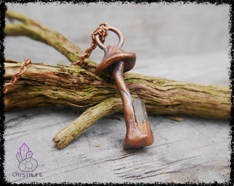 MAGIC MUSHROOM CRYSTAL Pendant | Wiccan Jewelry | Larp | Handmade | Electroformed | Copper Jewelry | Raw | Crystal Pendant | Crystals