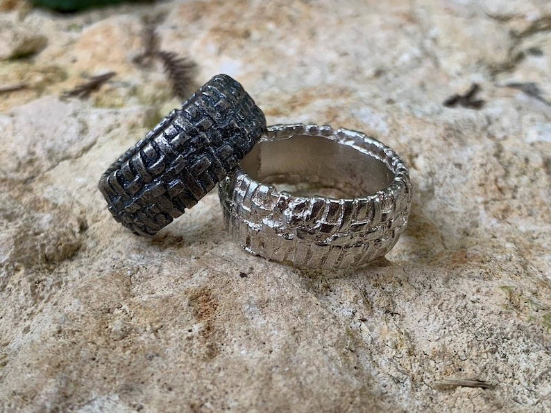 Rustic silver Ring. Weaved ring Silver textured band ring