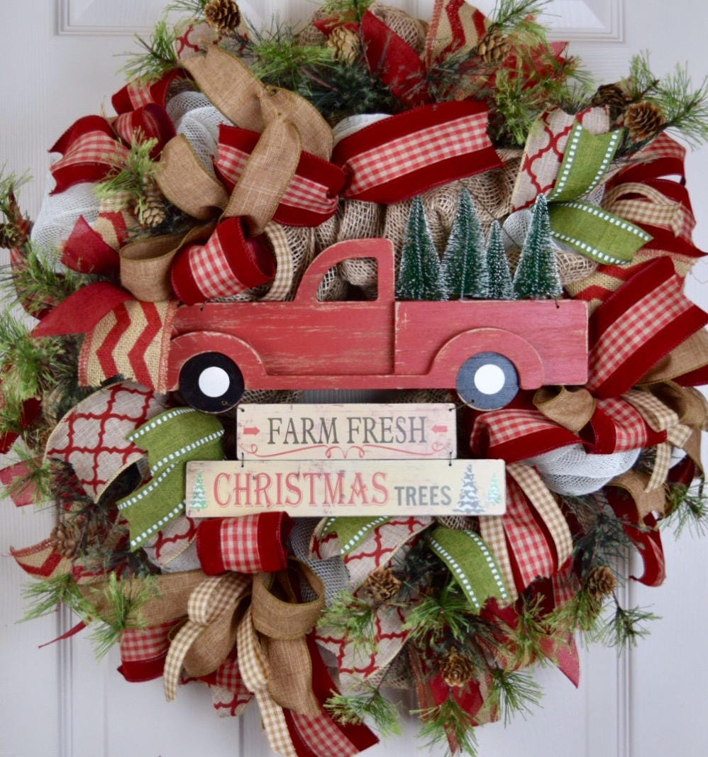 Christmas Tree Truck Burlap And Mesh Wreath With Pine Branches And Pine Cones Red Green Beige Winter Holiday Wreath Christmas Wreath Decor