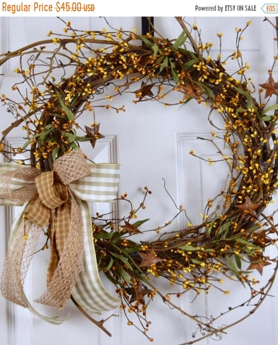 ChristmasInJulySale Mustard Pip Berry Sunburst Twig Wreath with Rusty Tin Stars; Primitive Country Door Decor Wreath; Rustic Grapevine Wreat