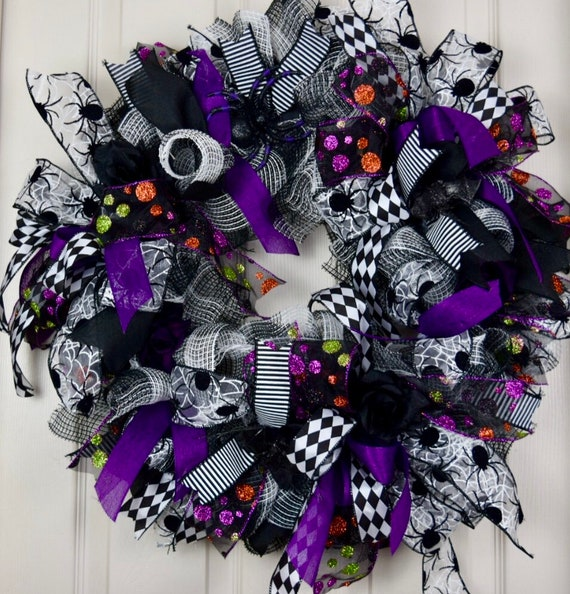 Spider Black Purple White Ruffle Mesh Wreath; Fall Wreath Fall Door Decor Halloween Wreath Door Decor; Spider Wreath Decor Halloween Decor