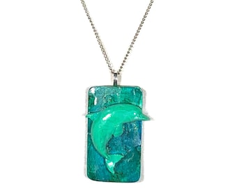 Green Dolphin Pendant Necklace For Women and Men