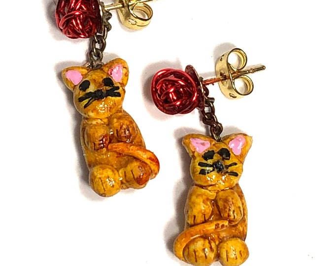 Yellow Cat/Kitten With Yarn Pierced Earrings, Great gift for Teens